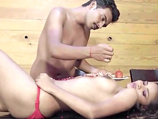 Dost Ne Behan Ko Guest House Le Jaa Ke Choda big tits brunette indian