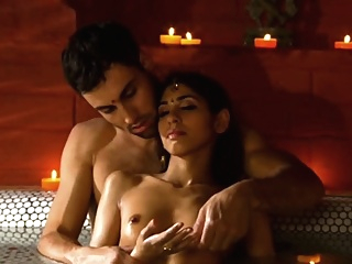 Relaxing His Indian Girlfriend With Touch erotic hd indian